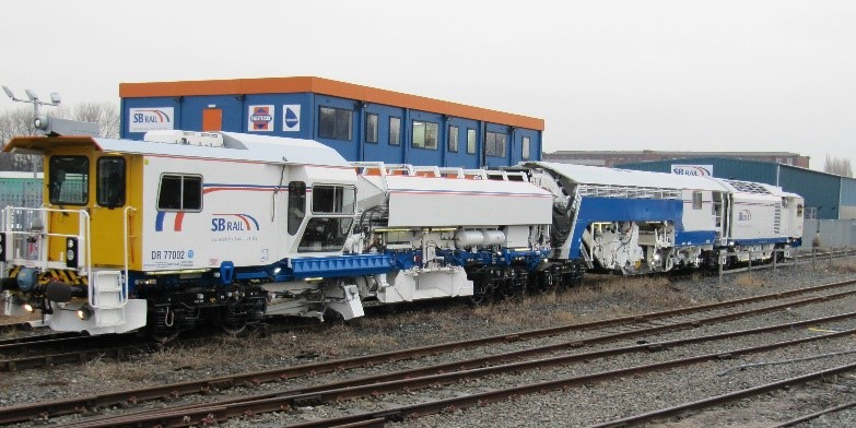 Network Rail-Supply and Operation of On Track Machines - Železničné stavby